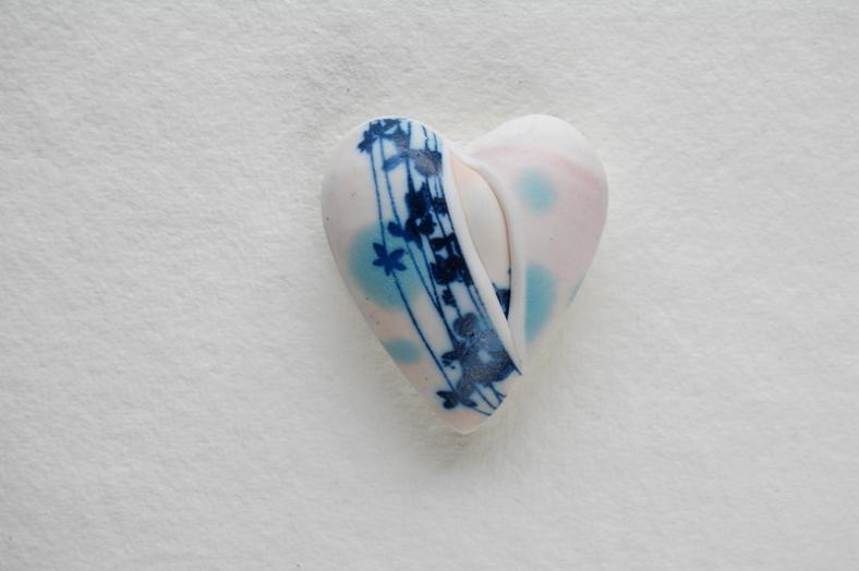 Clare Mahoney small ceramic heart