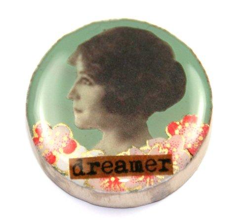 Draught brooch - dreamer