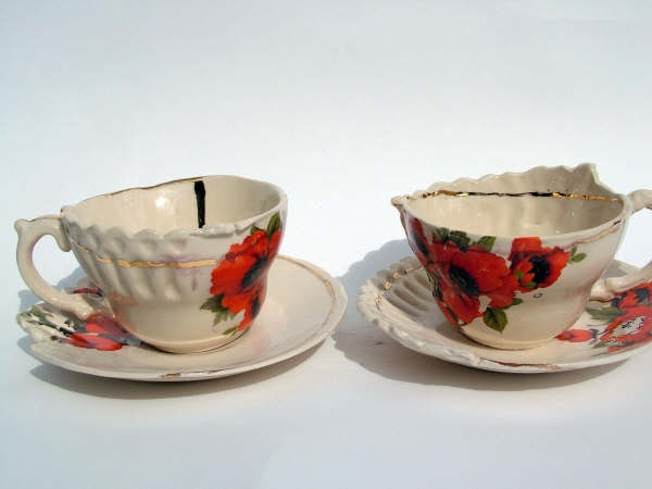 Poppy cup and saucer set