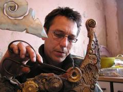 Mark Smith preparing to sail the Seven Seas!