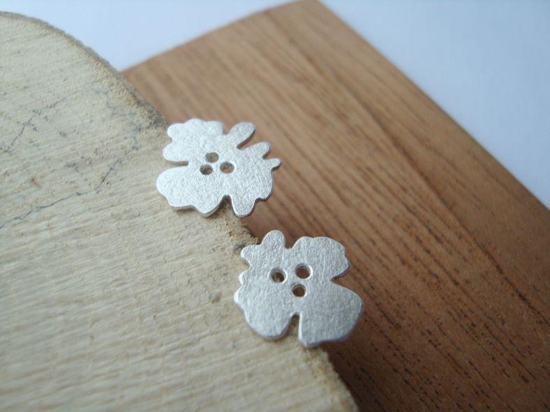 Silver flora studs