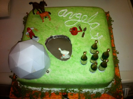 Ang's very apt cake
