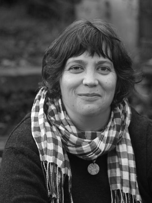 Heather Dewick - bookbinder