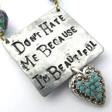 I'M BEAUTIFUL necklace