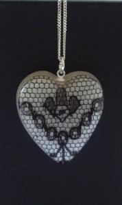 Heart lace pendant