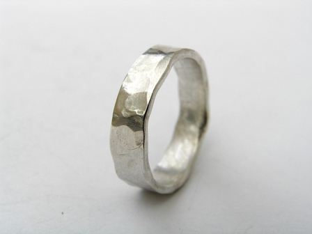 Dimpled silver ring