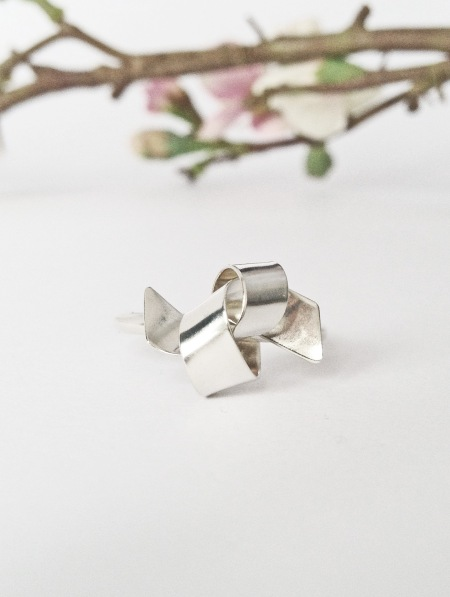 Silver Ribbon Knot studs