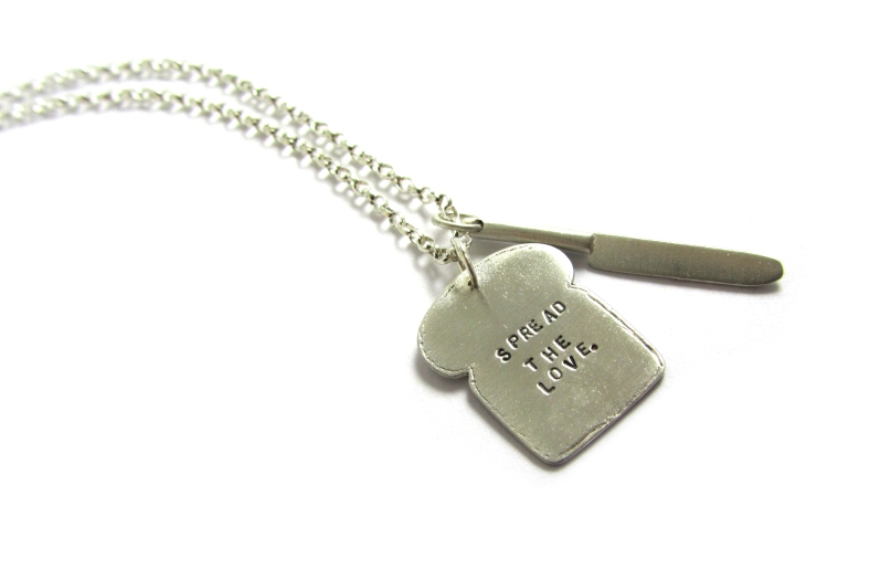 Toast silver necklace - Spread The Love