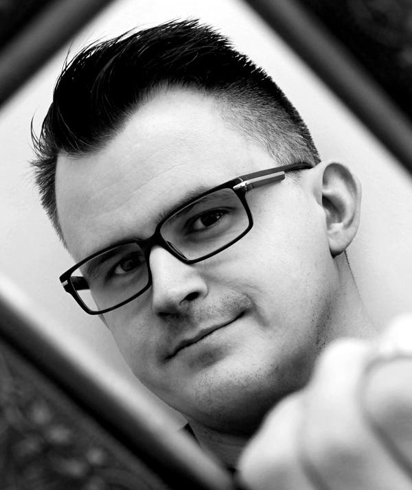 Ross McGinnes - Photograher
