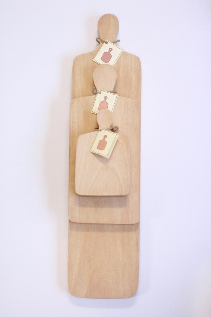 Set of beech wooden boards