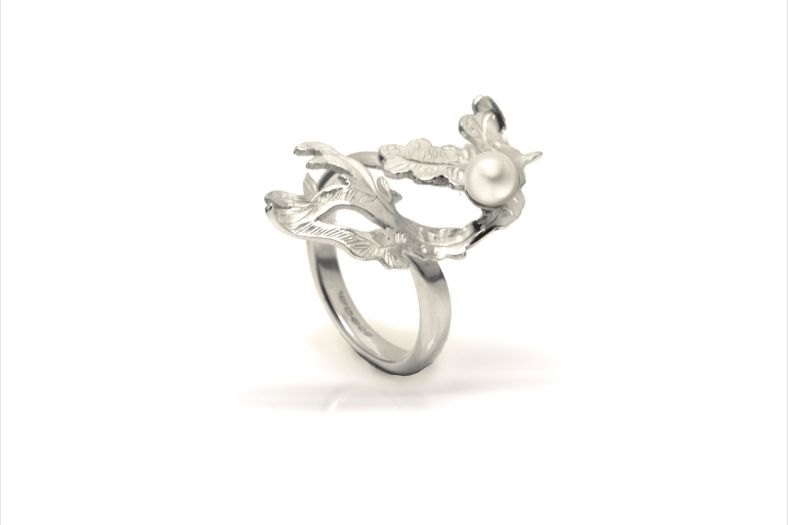 Silver and Dove Pearl dress ring