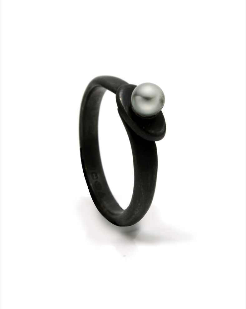 Oxidised silver and pearl ring