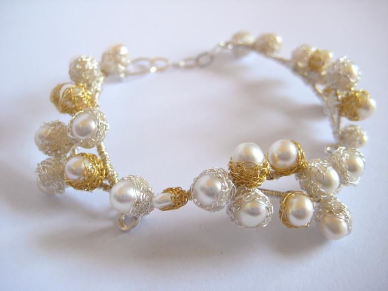 Baya continuous bracelet