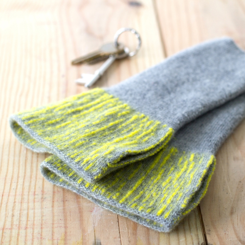 Spruce Mitts - Zoe Miller