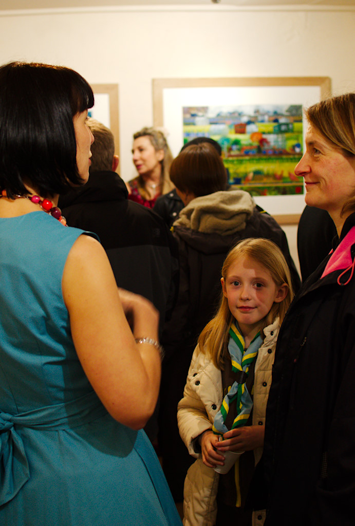 A busy Picture Gallery in Heart Gallery