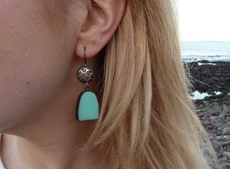 Creel and blue wood earrings - Kelly Munro