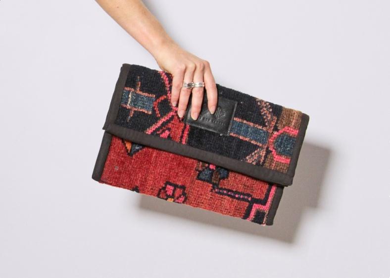 Nia Clutch Bag