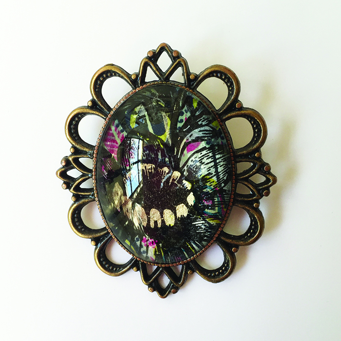 oval flower brooch 0716 low res