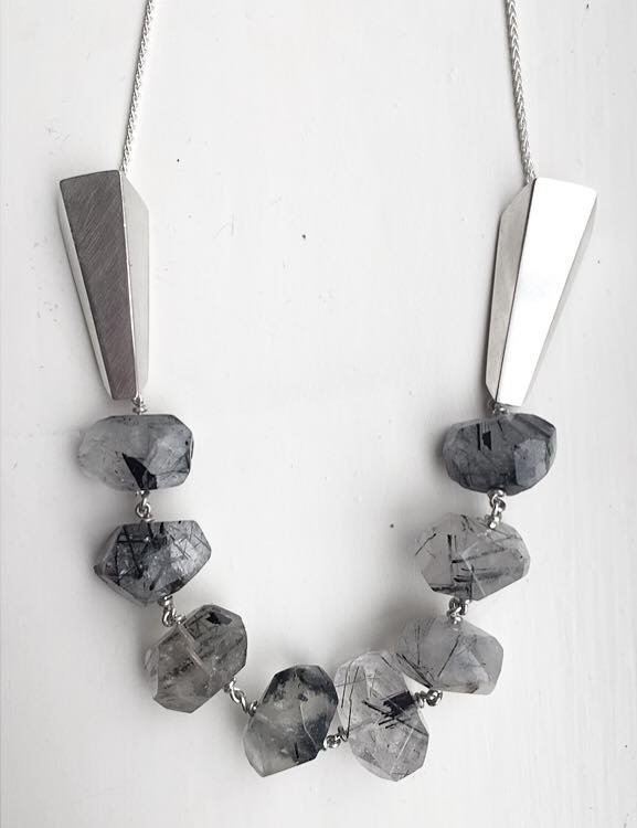 ELeach Quartz Necklet