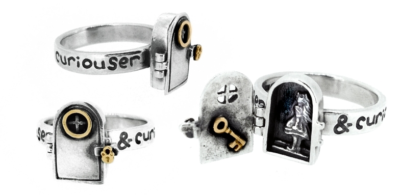 NH283 Curiouser and Curiouser, locket ring copy
